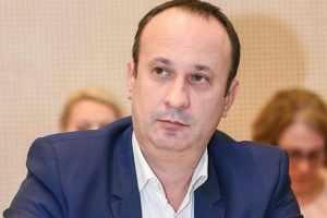 Economistul Adrian CÂCIU: Atenție la supraîndatorare!