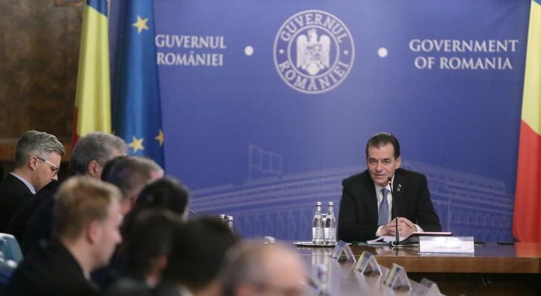 Guvernul înființează încă un post de secretar de stat la Educație, al șaselea, după ce doi dintre actualii demnitari sunt în concediu pentru campania electorală
