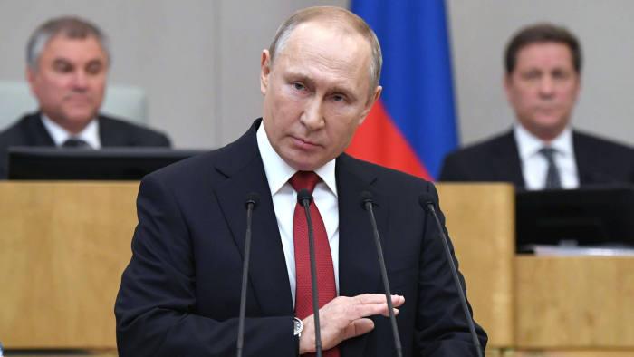 Putin amână, din COVID-19, referendumul de modificare a Constituției