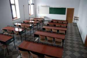 Raed Arafat: Cel mai probabil se va prelungi perioada de închidere a școlilor