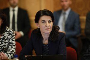 Ministrul Muncii: Voi pleca în Germania să verific condiţiile de muncă ale românilor