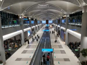Lufthansa, TAROM și Wizz Air reiau zborurile din România spre Germania. Vezi programul