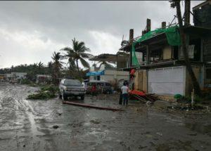 Taifun în Filipine: Peste 140.000 de persoane s-au refugiat în adăposturi de urgenţă