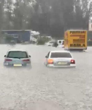 Slobozia: Zeci de case și instituții publice inundate