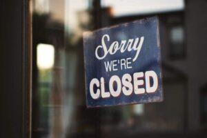 Tăriceanu: Guvernul Orban a hotărât sacrificarea industriei ospitalității și sacrificarea a zeci de mii de locuri de muncă