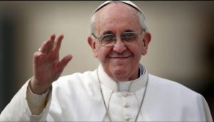 Papa Francisc: Oamenii sunt mai importanți decât economia