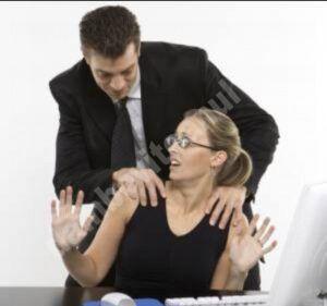Președintele a promulgat Legea care pedepsește hărțuirea la locul de muncă
