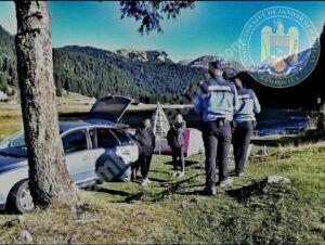 Jandarmii montani continuă acțiunile de informare pentru protecția mediului înconjurător