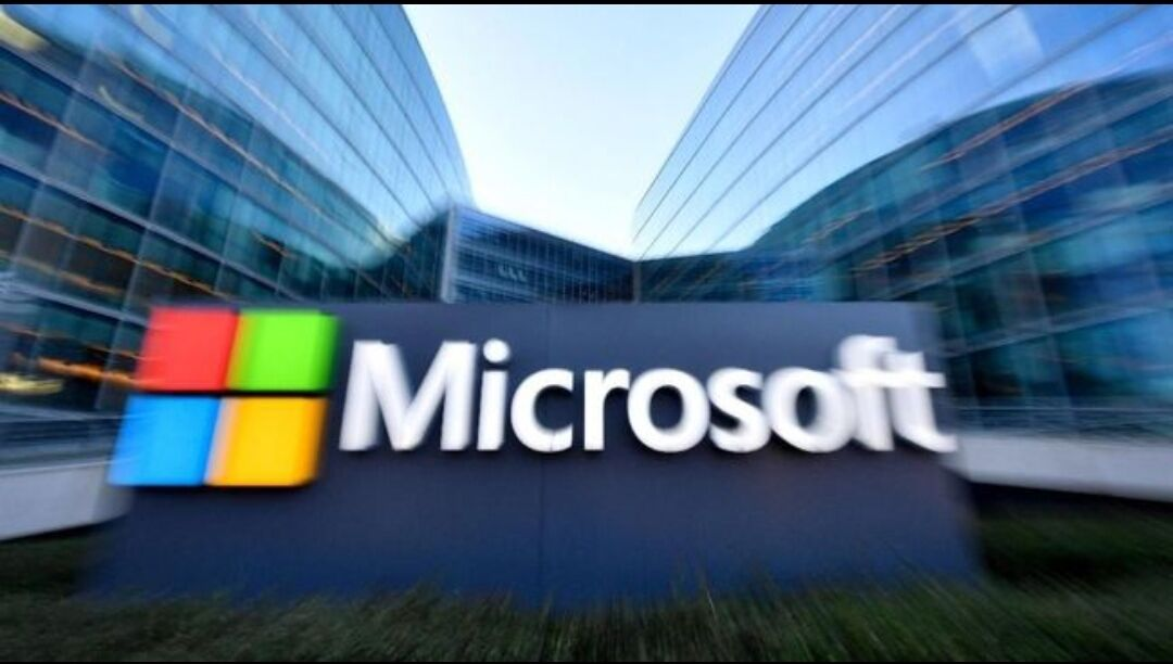 Google și Microsoft solicită UE să impună restricții drastice pentru reducerea poluării