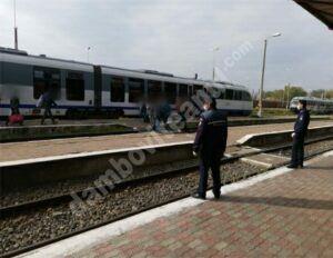 Acțiuni ale polițiștilor dâmbovițeni în stațiile de cale ferată și în trenuri