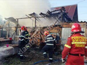 Incendiu la o anexă gospodărească din comuna Mănești
