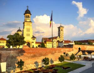 Alba Iulia și alte cinci localități intră în carantină de marți noapte