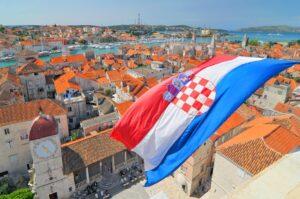 Românii trebuie să prezinte, la intrarea în Croaţia, un test PCR cu rezultat negativ pentru infecția cu virusul SARS-CoV-2