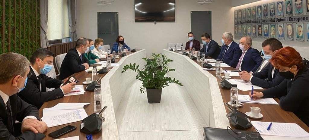 Vezi ce au obținut primarii de municipii în urma discuției cu ministrul Finanțelor