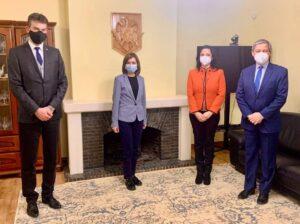 Maia Sandu și Dacian Cioloș s-au întâlnit la Bruxelles
