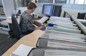 Mai mult de un sfert dintre bugetarii României lucrează în învățământ