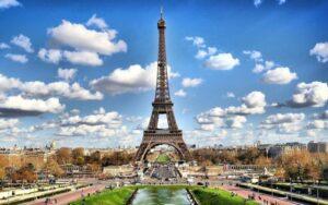 Franţa închide circulația de la ora locală 18.00 și înăsprește condițiile de intrare pe teritoriul său