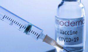 Read more about the article Vaccinul Moderna, autorizat pentru grupa de vârstă 12-17 ani. Eficacitatea este similară cu cea în cazul adulţilor