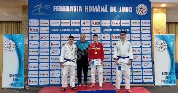A dat totul pe tatami! Gabriel Pleșa, judocan al Clubului Sportiv Târgoviște, a devenit campion național U18