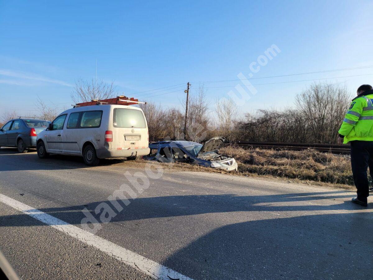 DÂMBOVIȚA: Accident violent între două autoturisme, în localitatea I. L. Caragiale