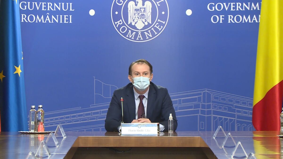 Premierul Cîțu anunță facilități pentru persoanele vaccinate, în sezonul estival