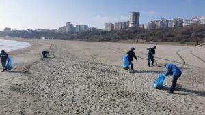 Constanța: A început pregătirea plajelor pentru sezonul estival
