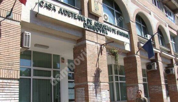 Transparența USR Plus începe cu Casa Județeană de Asigurări de Sănătate Dâmbovița