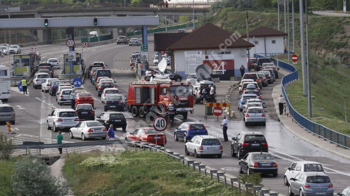 Traficul spre litoral, oprit temporar, pentru a veni în sprijinul turiștilor care se întorc de la mare