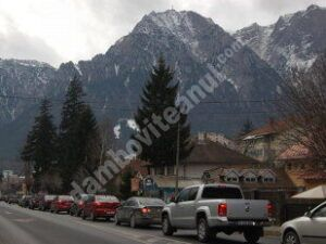 Trafic intens spre staţiunile montane, pe DN1