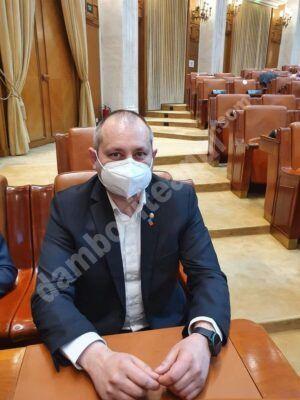 """Read more about the article Deputatul de Dâmbovița Daniel Blaga explică necesitatea adoptării proiectului """"O zi liberă pentru vaccinare"""""""