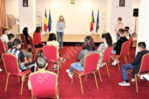 Incursiune în lumea cărților, pentru beneficiarii Direcției Generale de Asistență Socială și Protecția Copilului Dâmbovița