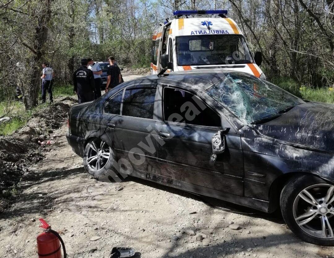 Intervenții de urgență ale pompierilor târgovișteni! Copil blocat într-un automobil!