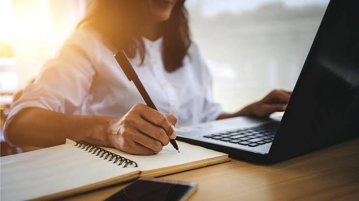 You are currently viewing 75% dintre cadrele didactice dâmbovițene, care au susținut definitivatul în învățământ au obținut note peste 8 la scris