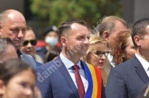 Vezi mesajul primarului municipiului Târgoviște, Daniel Cristian Stan, cu ocazia Zilei Eroilor!