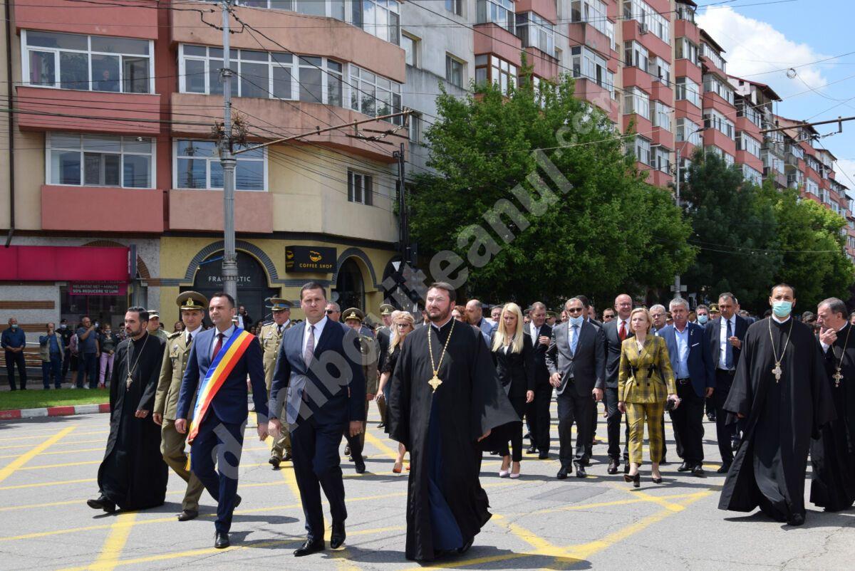 Vezi mesajul președintelui CJD, Corneliu Ștefan, cu ocazia Zilei Eroilor!