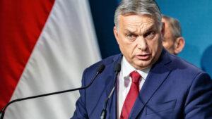 Parlamentul maghiar adoptă legea care interzice materialele de promovare a homosexualității și schimbării de sex în rândul copiilor