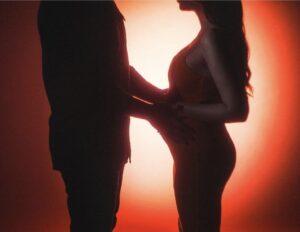 Read more about the article Nicole Cherry a anunţat că este însărcinată