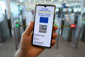 Parlamentul European a aprobat oficial certificatul digital Covid, care se va aplica de la 1 iulie