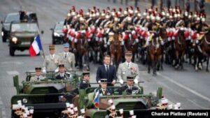 Read more about the article Macron, huiduit de francezi la ceremoniile dedicate Zilei Franței