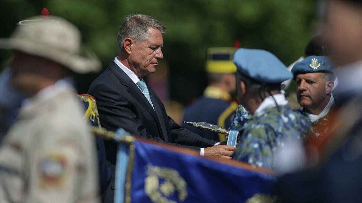 You are currently viewing Mesajul președintelui Klaus Johannis cu ocazia încheierii misiunii Armatei României în Afganistan