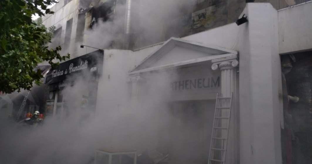 You are currently viewing Incendiu violent în Piaţa Delfinului din Capitală