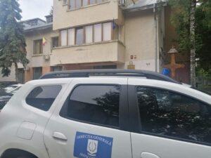 Read more about the article Fostul șef al Serviciului permise și înmatriculări auto din Suceava a fost reținut pentru luare de mită