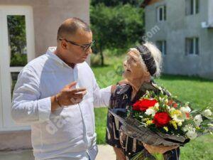 Read more about the article Zi festivă, pentru veterana comunei Ulmi