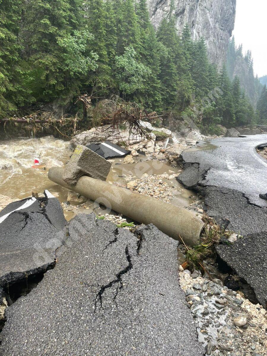 You are currently viewing De ce Dâmbovița NU primește bani din cele 150 de milioane de lei, ajutorul Guvernului pentru localitățile afectate de inundații? Are vreo legătură cu alegerile din interiorul PNL?