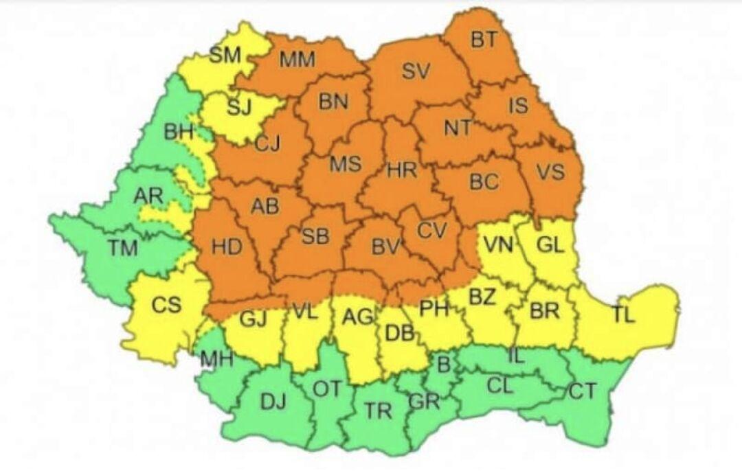You are currently viewing Dâmbovița, sub avertizări de furtuni violente și ploi torențiale