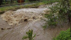 Read more about the article Avertizări hidrologice pentru râurile Dâmbovița, Ialomița și Argeș. Posibile depășiri ale COTELOR DE APĂRARE!