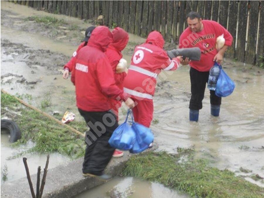You are currently viewing CRUCEA ROȘIE DÂMBOVIȚA: Apel pentru sprijinirea persoanelor afectate de inundații