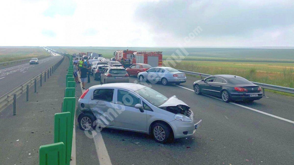 You are currently viewing Un nou accident în lanţ, pe Autostrada Soarelui