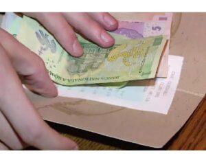 Read more about the article Vezi ce spune premierul Florin Cîţu despre impozitarea bacşişului