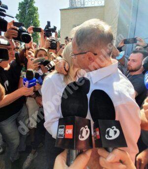 Read more about the article În timp ce Dragnea, proaspăt ieșit din pușcărie, vorbește de reîntoarcerea în politică, PSD anunță că nu se poate întoarce în partid